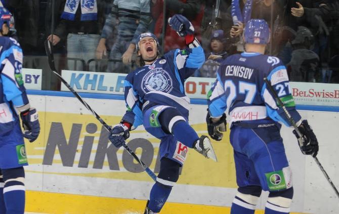 Александр Павлович открыл счет своим голам в КХЛ!