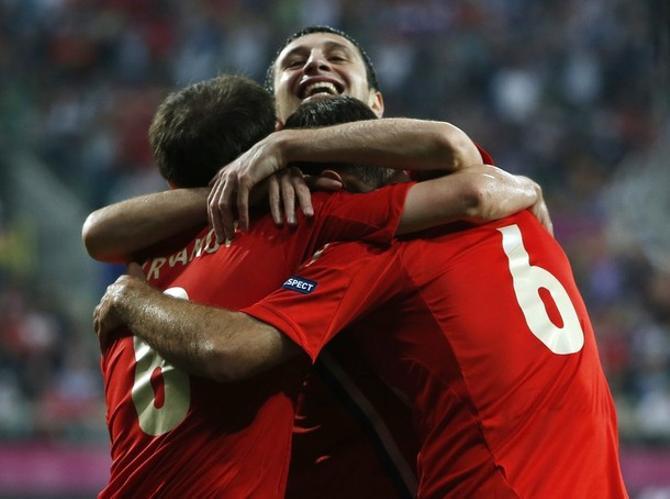 Вчера Алан Дзагоев праздновал голы в ворота сборной Чехии, а через неделю отпразднует свое 22-летие.