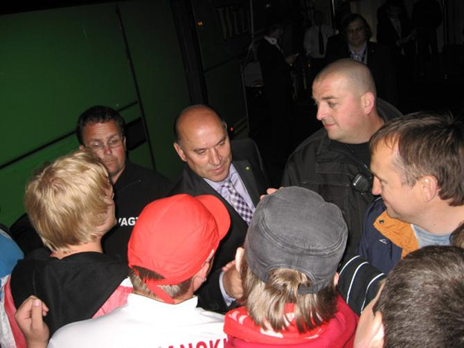 После выхода в полуфинал Георгий Кондратьев пообщался с болельщиками
