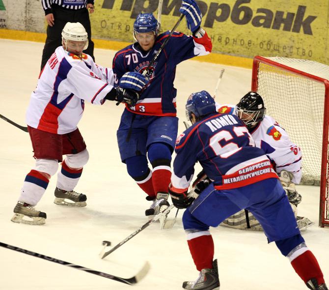 В этом сезоне Илья Казнадей (№70) начал забрасывать