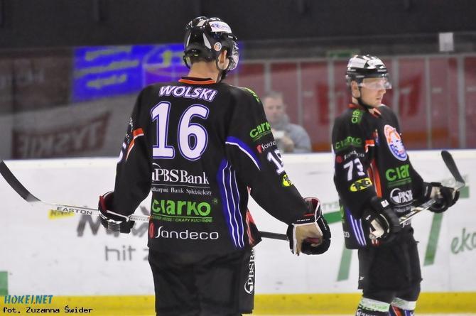 Войтек Вольски станет единственным действующим игроком НХЛ, сыгравшим в полуфинале Континентального кубка.