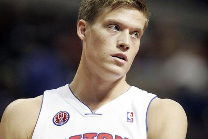 Сегодня белорусам предстоит попотеть в противостоянии со шведским игроком НБА -- Йонасом Жеребкой
