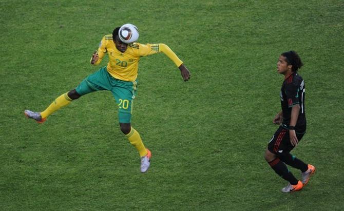 Сегодня защитник Донджани Кхумало вместе со своей сборной ЮАР проведет второй матч на турнире.