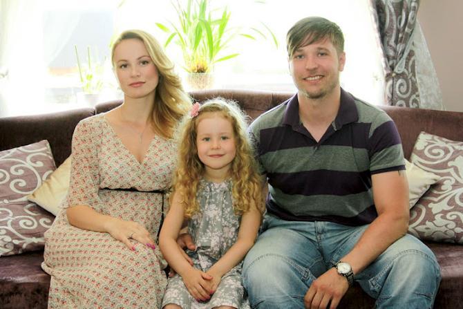 Солнечная семья Чуприсов: Ольга, Мелена и Ярослав.