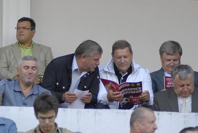 Сергей Сидорский -- давний поклонник футбольной сборной. Как и Геннадий Невыглас, конечно же