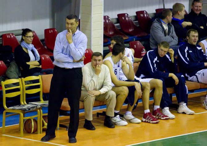 Андрей Василевко обживается в новой для себя роли.