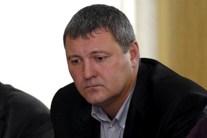 Леонид Фатиков уверен в том, что федерации не стоило пытаться искусственно тянуть молодежь.