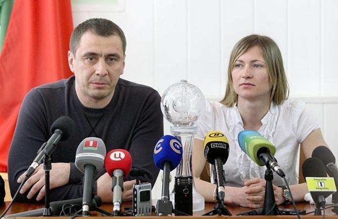 Тренер женской сборной Андриан Цыбульский уверен, что Дарья Домрачева будет только прибавлять