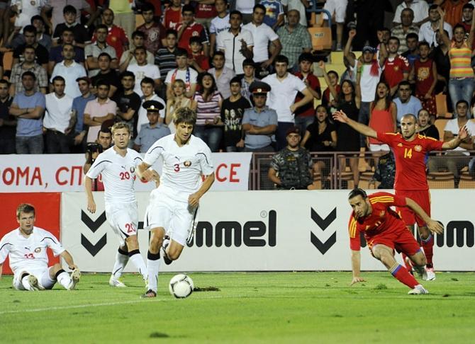 Игра сборной в Ереване не всем понравилась, но результат обнадежил.