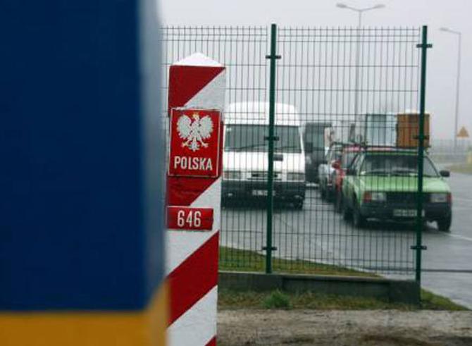 Белорусские футболисты хотят в Европу. В Польшу попасть проще всего