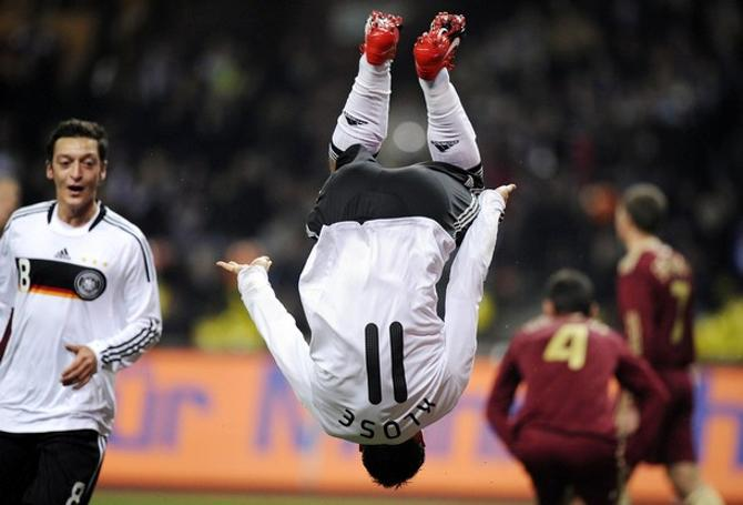 Сможет ли Мирослав Клозе повторить рекорд Роналдо, который забил в матчах чемпионата мира 15 голов?