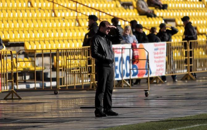 Кто не был на футболе в Солигорске, тому не понять... Раннее начало матчей на белорусских стадионах оборачивается кучей неудобств