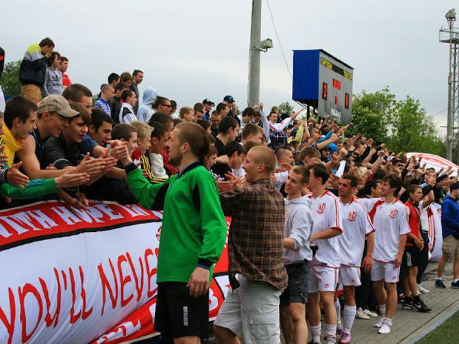 В стартовом матче чемпионата Минска «Партизан» уверенно переиграл «Трактор»