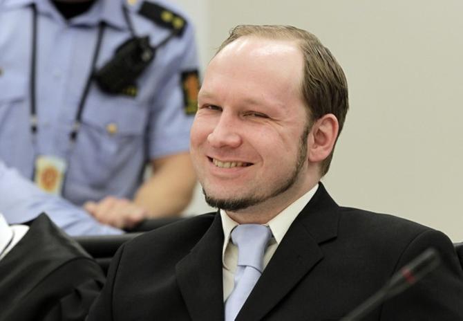 За убийство каждой из жертв Андерс Брейвик получил в среднем чуть больше трех месяцев тюрьмы