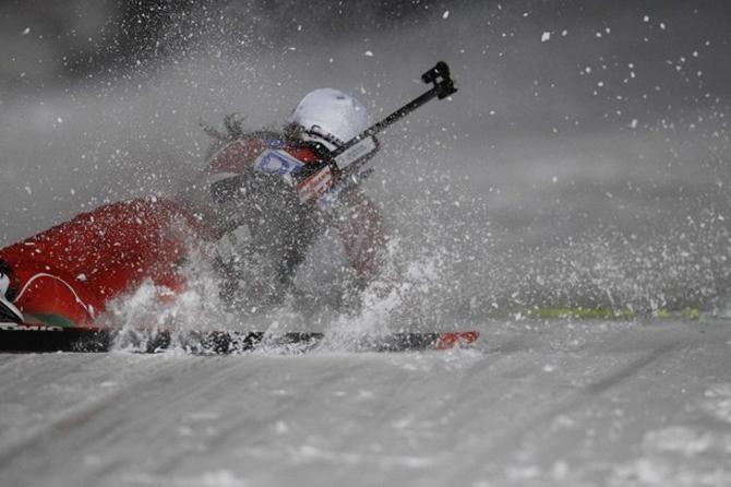 Белоруска Ирина Кривко в спринте допустила два промаха и еще, к своему несчастью, упала на дистанции
