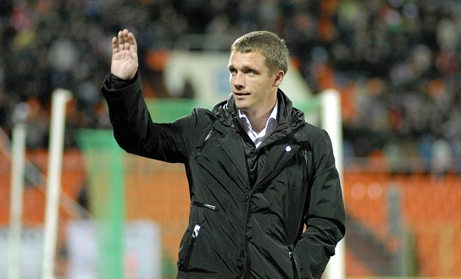 Виктор Гончаренко благодарит болельщиков за горячую поддержку