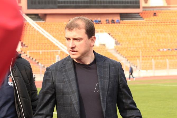 Вадим Скрипченко уверен, что начинать один из самых интересных матчей сезона в 13:30 - неправильно.