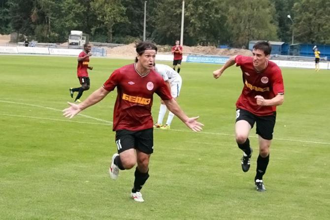 Интересно, что крикнул после третьего гола в сезоне Вадим Евсеев?