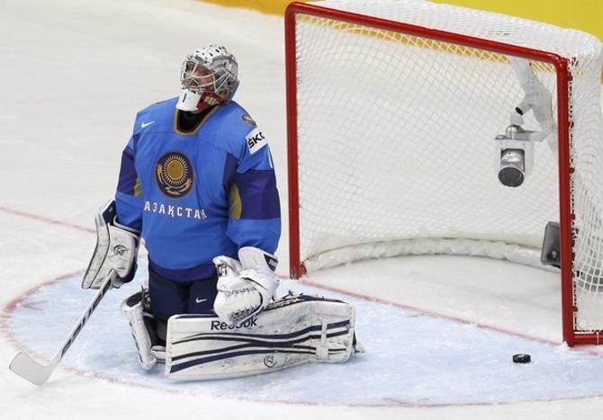 Победа над сборной Казахстана должна поднять белорусским парням настроение.