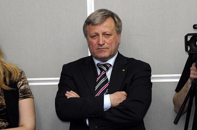 Леонид Дмитраница недолго оставался без работы