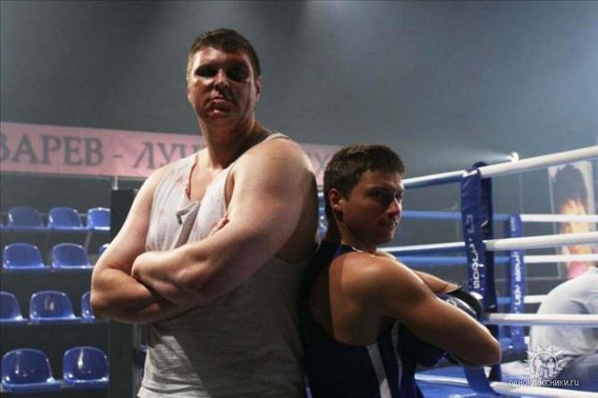 Белорусский актер Андрей Свиридов вышел ростом и лицом