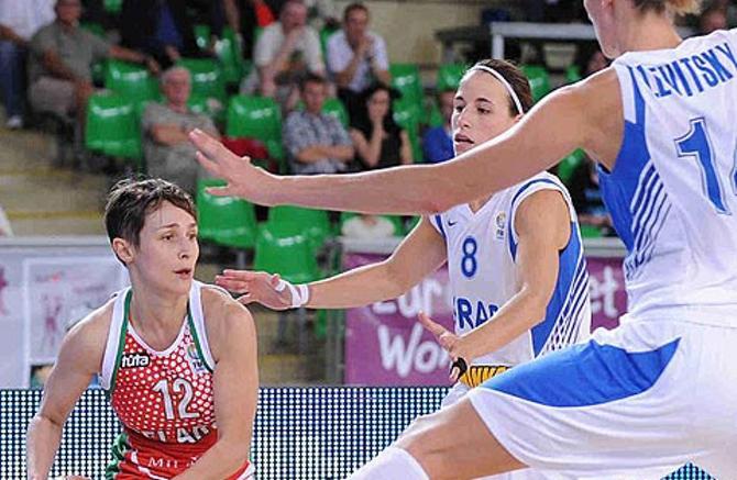Наталья Марченко и мала, и удала -- стала второй по результатитвности в матче с Израилем