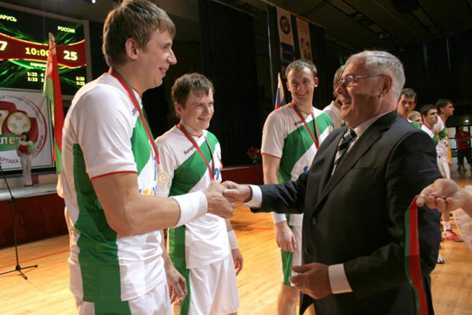 А когда-то Горбок и Миронович были одной командой