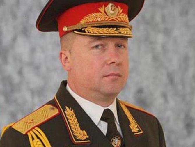 Александру Шамко наверняка придется сменить костюм