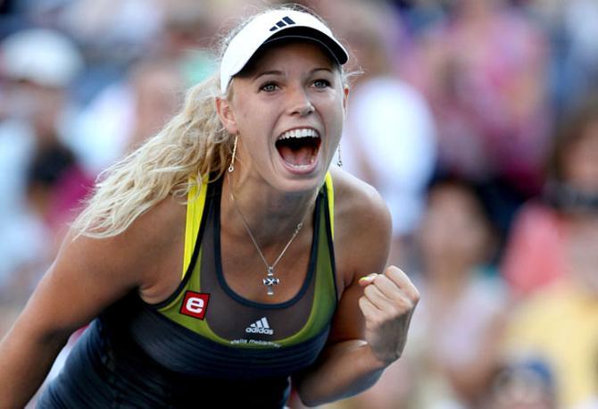 Каролин Возняцки любит не только играть в теннис, но и петь.