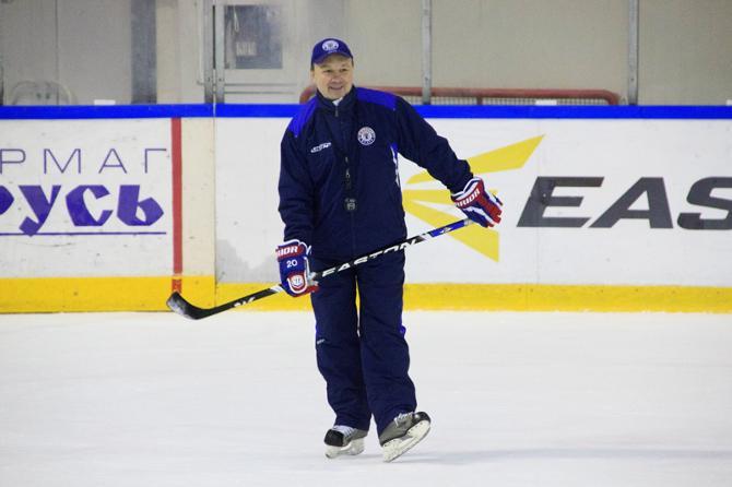 Михаил Захаров доволен тем, что его команда выступает в ВХЛ