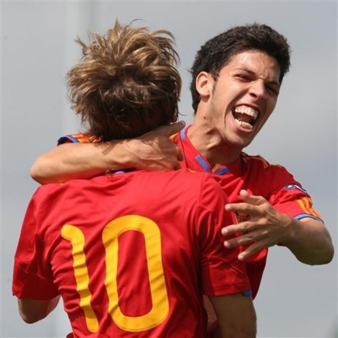 Дани Пачеко (справа) и Серхио Каналес - будущие звезды европейского футбола.