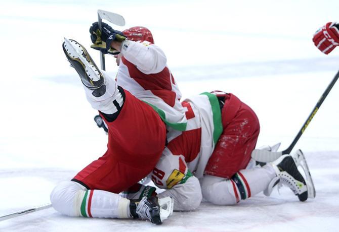 После неудачи в Дании в среде белорусских болельщиков преобладает пессимизм.