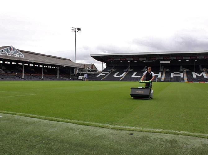 Газон на всех английских стадион - предмет особой гордости.