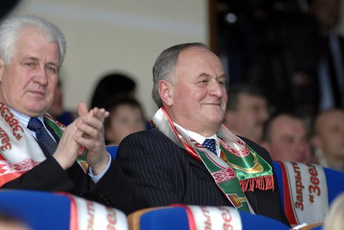 Виктор Шукан говорит, что в Беларуси тренерские категории могут получать только выпускники БГУФК. Правда, иногда делаются исключения