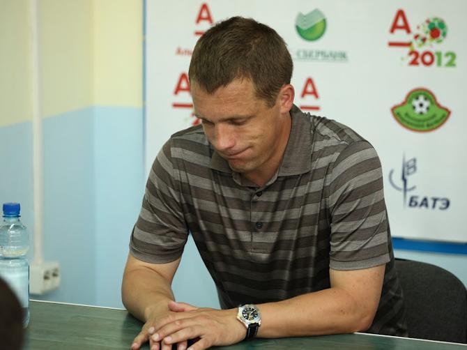 Не всем болельщикам понятна логика тренерского штаба Виктора Гончаренко.