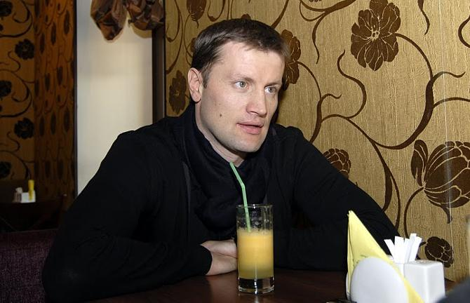 Сергей Штанюк нынче следит за футболом не очень пристально