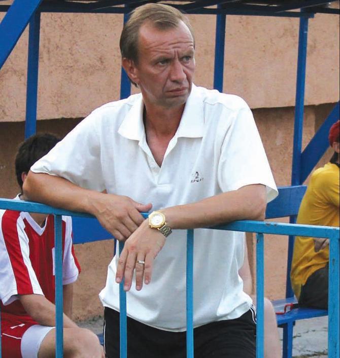 Юрий Антонович считает, что нынешние молодые игроки не ставят футбол на первый план
