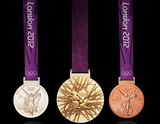 Вот так выглядят медали Лондона. Белорусским спортсменам пока удавалось видеть их лишь на картинке.