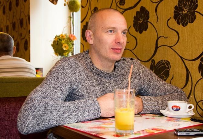 Игорь Сигов мог стать спортсменом, но стал актером.