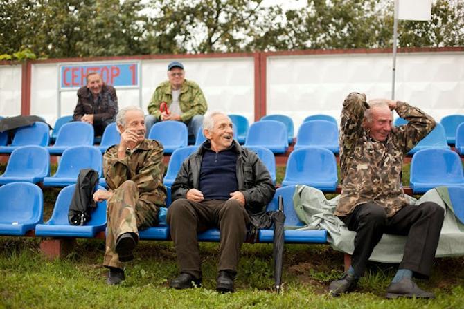 Болельщиков в Марьиной Горке немного, зато переживают они от души