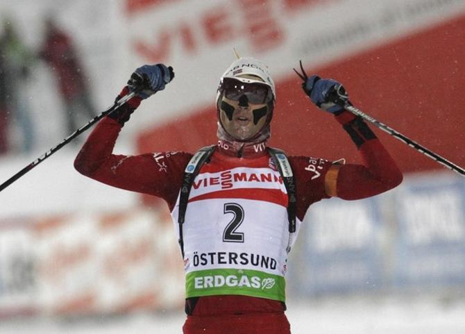 Уле Эйнар Бьорндален состарился, но по-прежнему является королем биатлона.