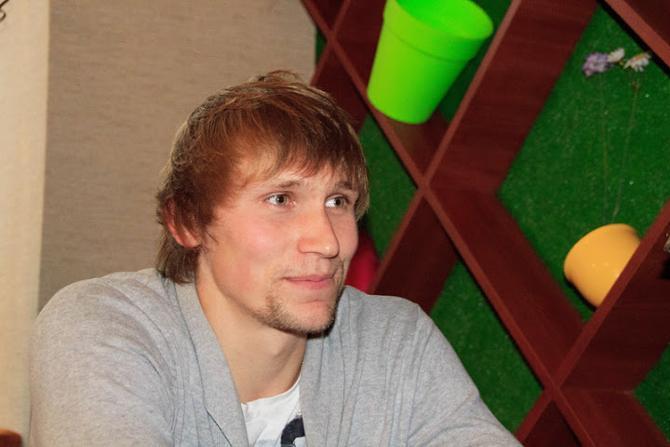 Дмитрий Гущенко в нынешней ситуации находит радость в семье