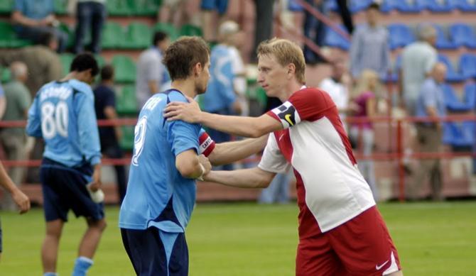 Андрей Разин выказывает слова поддержки другому капитану -- Вячеславу Глебу