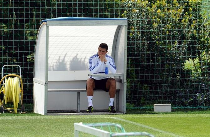 Загадка: португалец на скамейке «Реала», но не Моуринью