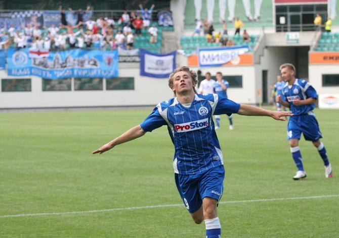 Андрей Чухлей доставил эстонцам неприятностей больше других - на его счету два гола.