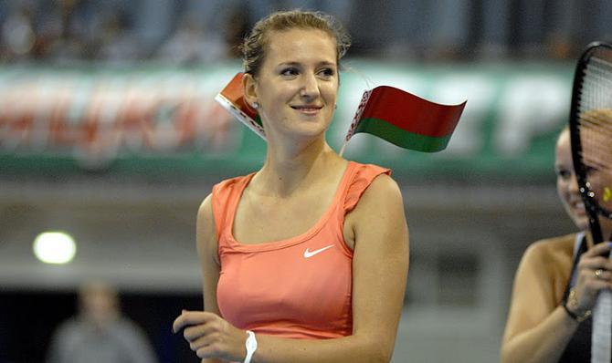 Вікторыя Азаранка неяк прывезла ў Мінск першую ракетку свету Каралін Вазняцкі.