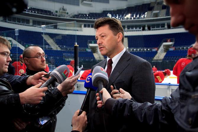 Олег Качан надеется, что игроки сборной не в обиде на его критику.