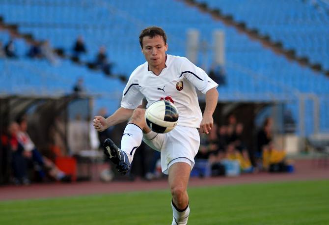 В дебютном матче за сборную Сергей Баланович показал себя красавцем.