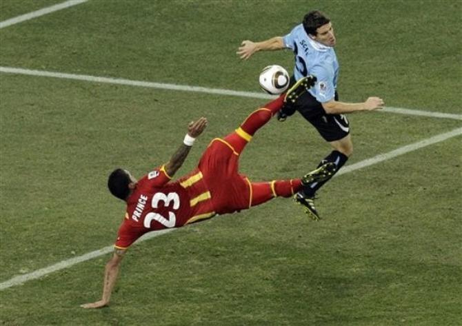 Гана и Уругвай стремились попасть в полуфинал любыми способами.
