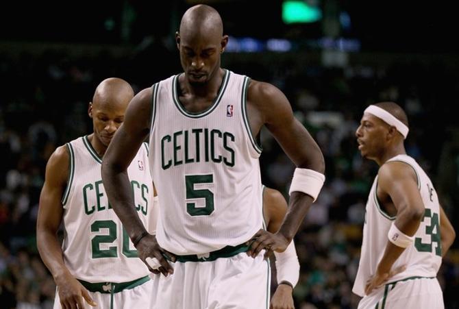 Кевин Гарнетт последнее время чудит, но еще не разучился играть в баскетбол.